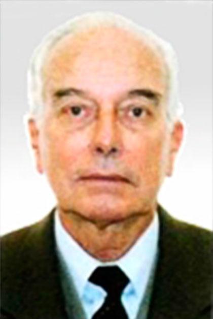 Carlos J. Pinillos